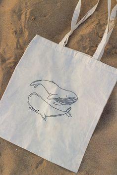 Sacs Tote Bags, Diy Tote Bag, Cute Tote Bags, Canvas Tote Bags, Reusable Tote Bags, Embroidery Bags, Cute Embroidery, Tod Bag, Broderie Simple