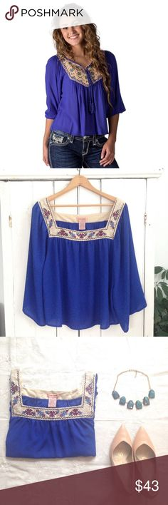 🆕 Flying Tomato embroidered peasant blouse Gorgeous royal blue chiffon peasant top by Flying Tomato! This shirt is absolutely stunning, with flowing bell sleeves and a lace embroidered square neckline! Size XL, in EUC! Flying Tomato Tops Blouses