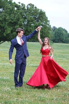 2019 Red Prom Dress,Two Piece Prom Dress,Long Prom Dress,Lace Prom Dress - Prom pictures - Prom Pictures Couples, Prom Couples, Prom Photos, Prom Pics, Teen Couples, Cute Homecoming Pictures, Homecoming Poses, Senior Prom, Maternity Pictures