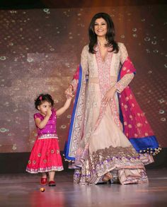 Sushmitha Sen and her daughter