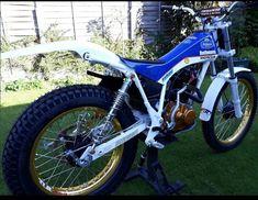 Motos Trial, Trial Bike, Kids Bedroom Designs, Trials, Honda, Random Stuff, Motorcycles, Dirt Biking, Bicycle