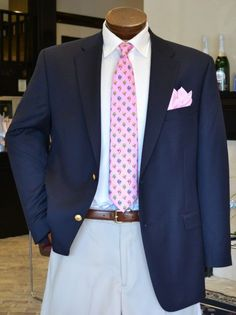 Let me tell you whose mind the thought of an outfit for Derby or Oaks has not crossed: your man. Mens Kentucky Derby Outfits, Kentucky Derby Fashion, Derby Day Fashion, Derby Attire, Derby Dress, Sport Coat, Derby Party, Derby Dinner, Men's Fashion