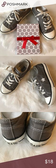 Converse ONE STAR gray sneakers kids size 2 Converse ONE STAR sneakers. Kids size 2. Gray. In pre loved excellent condition. Converse Shoes Sneakers
