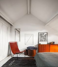 Michael Verheyden Leather Sling Chair | Remodelista