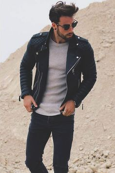 Perfect outfit for dinner with friends wearing leather jacket on denim and tshirt