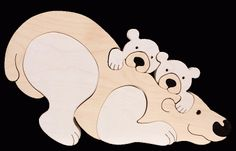 Icebear family -Montessori - Waldorf wooden puzzle, made by hand of maple wood,no harmful colors and no lacquer Scroll Saw Patterns, Wood Patterns, Cross Patterns, Wooden Projects, Wood Crafts, Wooden Animals, Wooden Puzzles, Wood Toys, Polar Bear