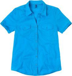 Weekend. Modelo: G815A0310575KAR. Blusa manga corta, con bolsa en pecho, cuello sport.