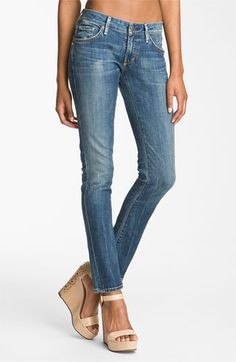 these jeans are SO cute.