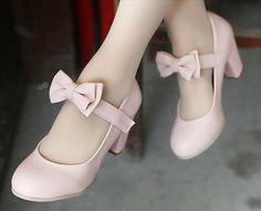Cute Lolita bow shoes  US size: 4 4.5 5 5.5 6 6.5 7 7.5 8 8.5 Color: Blue, Soft Pink, Beige, Black, Orange-Brown  Toe Shape: Round Toe Decorations: Bowtie   Please choose color and size