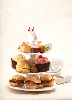 Afternoon tea with unique cupcakes, huge tea variety and excellent finger sandwiches