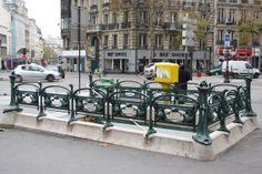 Paris, Métropolitain, Entrée de la station Gare du Nord 5, arch. Hector Guimard