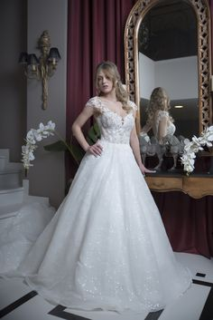 weddingdress FIONA Lace Wedding, Wedding Dresses, Exclusive Collection, Brides, Fashion, Bride Dresses, Moda, Bridal Gowns, Fashion Styles
