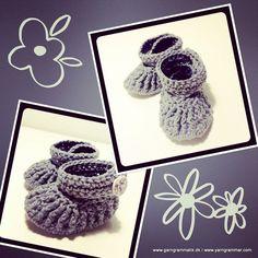 Babyfutter_9 Crochet Boots, Crochet Baby, Knit Crochet, Knitting For Kids, Crochet Ideas, Baby Baby, Crochet Earrings, Socks, Diy Crafts