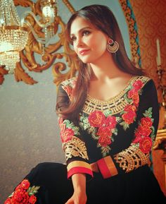 Recently Natasha Couture has exposed designer trendy Bollywood Actress Lara Dutta Suits Designs 2014 for girls. Indian Suits, Indian Attire, Indian Wear, Indian Celebrities, Famous Celebrities, Celebs, Lara Dutta, Dress Attire, Bollywood Actress