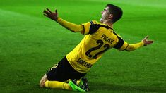 Christian Pulisic of Borussia Dortmund celebrates after he shoots and scores his teams second goal during the UEFA Champions League Round of 16 second leg match between Borussia Dortmund and SL. Get premium, high resolution news photos at Getty Images Soccer Baby, Us Soccer, Football Players, Bvb Wallpaper, Liverpool Transfer News, Dynamo Dresden, Signal Iduna, Christian Pulisic, Association Football