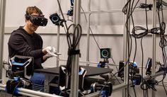#Realidad_Virtual #facebook Mark Zuckerberg muestra guantes para Realidad Virtual