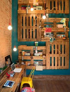 Pallets are an eco-friendly, inexpensive way to design a kid's study area.