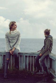 Me Naiset – Blogit   Kalastajan vaimo – Islantilaisneule Crochet Chart, Knit Crochet, Kuta, Men Sweater, Pullover, Wool, Couple Photos, Knitting, Womens Fashion