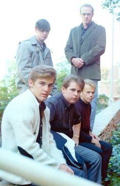 Brian the Beach Boy Carl Wilson, Dennis Wilson, Rock Artists, Music Artists, Mike Love, High School Memories, Classic Rock Bands, 70s Tv Shows, Boys Life