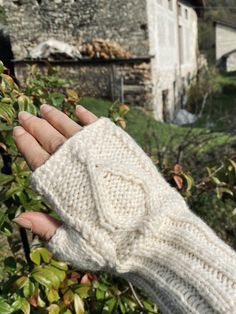 Fingerless Gloves, Arm Warmers, Knitted Hats, Winter Hats, Knitting, Threading, Creative, Fingerless Mitts, Tricot