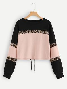 Shop Cut And Sew Drawstring Hem Sweatshirt online. SHEIN offers Cut And Sew Drawstring Hem Sweatshirt & more to fit your fashionable needs. Cut Sweatshirts, Sweatshirts Online, Casual Outfits, Cute Outfits, Fashion Outfits, Fashion News, Kids Fashion, Looks Chic, Mode Hijab