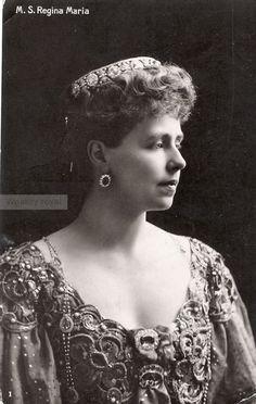 Queen Marie of Romania. Crownprincess Marie of Romania Royal Tiaras, Royal Jewels, Princess Victoria, Queen Victoria, Romanian Royal Family, Edwardian Hairstyles, Spanish Dress, Princess Alexandra, English Royalty