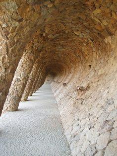 Parc Guell, Barcelona.   Эксклюзивные услуги в Барселоне и  Предлагаем услуги экскурсии  трансфер, отдых, #travel
