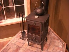 Tiny trailer stove