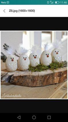 Oster deko, decorations wreath Osterdeko basteln: edle Dekoeier im Porzellan-Look Egg Crafts, Easter Crafts, Diy And Crafts, Crafts For Kids, Valentines Bricolage, Valentines Diy, Hoppy Easter, Easter Eggs, Saint Valentin Diy