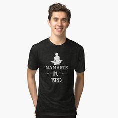 Shirt Designs, Vintage T-shirts, Funny Vintage, T Shirt Original, My T Shirt, Shirt Shop, Funny Gifts, Chiffon Tops, Sleeveless Tops