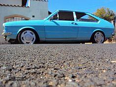 """VW Passat antigo farol redondo azul rebaixado com suspensão de rosca Tebão, rodas Orbital aro 15"""""""
