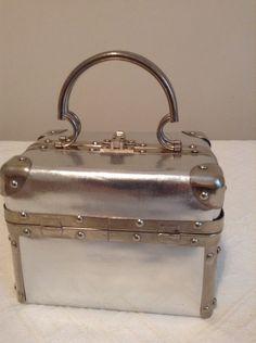 Silver Metallic 1960s Purse  /  Vintage 60s Box Handbag by Fluerette of Miami Made in Italy  /  Cheapvintagefashion by Cheapvintagefashion on Etsy