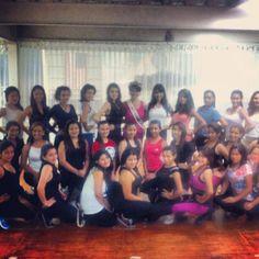 Con la señora guatemala 2011 :)