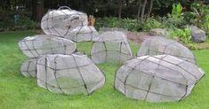 30 Ideas Backyard Diy Pond Plants For 2019 Concrete Crafts, Concrete Art, Concrete Projects, Concrete Garden, Garden Crafts, Garden Projects, Landscaping With Boulders, Pierre Decorative, Fake Rock