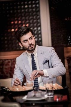Photo Turkish & Ikat Winter Collection 2012 by Khaadi, Fawad Khan Beard, Beard Look, Mahira Khan, Photography Poses For Men, Stylish Boys, Raining Men, Mens Fashion Suits, Men's Fashion, Photoshop