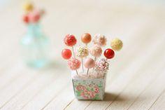1:12 scale // Dollhouse Miniature Food  Sweet Cake Pops door miniaturepatisserie, $30.90