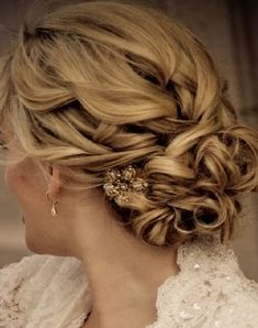 soft updo - kinda like this