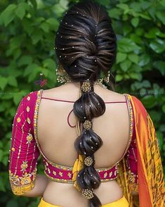 Beautiful hairstyle😍 . . Photo @jasmine_beauty_care . . #southindianbrides #hairstyleideas #hairandmakeup #dreamindianweddingblog #hairdo…