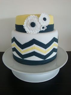 Mrs Woolley's Cakes: Chevron Wedding Cake