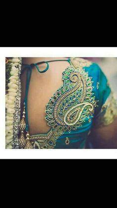 Peacock Blouse Designs, Best Blouse Designs, Pattu Saree Blouse Designs, Bridal Blouse Designs, Blouse Neck Designs, Embroidery Blouses, Aari Embroidery, Embroidery Works, Hand Work Blouse Design