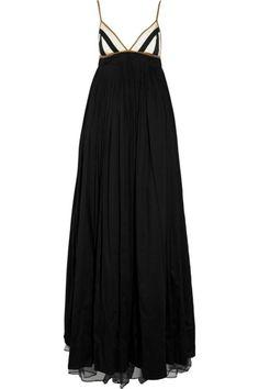 long black dress... LOVE!!