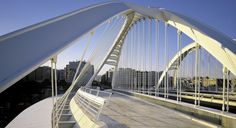 FELIPE II BRIDGE IN BARCELONA. Santiago Calatrava.