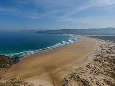 Praia da Frouxeira en Valdoviño, sin duda una de las playas más bonitas y espectaculares de #Galicia, #ACoruña vía @gonzaloaq #SienteGalicia