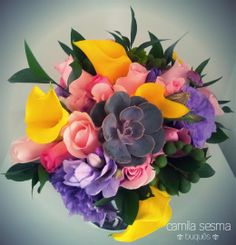 Colorful bridal bouquet with succulents. www.facebook.com/camilasesmabouquets