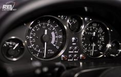 revlimiter Gauges - Version Warbird with KG Works Instrument Panel