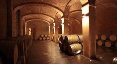 """Le cantine storiche di Canelli giustamente definite """"Le cattedrali sotterranee del vino"""",patrimonio Unesco 2014"""