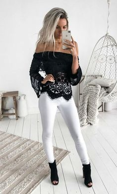 Crochet Lace Off Shoulder Flare Sleeve Blouse Mode Outfits, Fashion Outfits, City Fashion, Black Women Fashion, Womens Fashion, Beste Jeans, Summer Outfits, Casual Outfits, Classy Casual