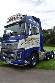 Big Rig Trucks, Semi Trucks, Toys For Boys, Boy Toys, Truck Paint, Volvo Trucks, Vehicles, Cars, Photos