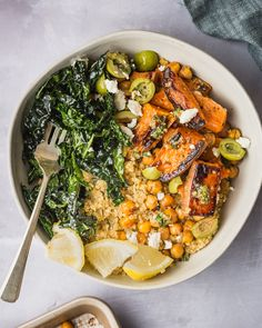 Pesto sweet potato quinoa bowls with crispy chickpeas kitchn Mediterranean Diet Meal Plan, Quinoa Sweet Potato, Crispy Chickpeas, Quinoa Bowl, Quinoa Recipe, How To Cook Quinoa, A Table, Meal Planning, Vegetarian Recipes