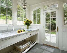 Traditional Laundry Room Design, Pictures, Remodel, Decor and Ideas - page 18